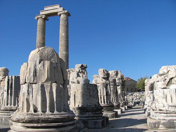 didyma-apollon-temple.jpg