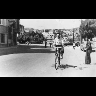 Ayhan Erman - Riding in Sariyer