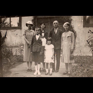 1930s Sanzoni Family Portrait
