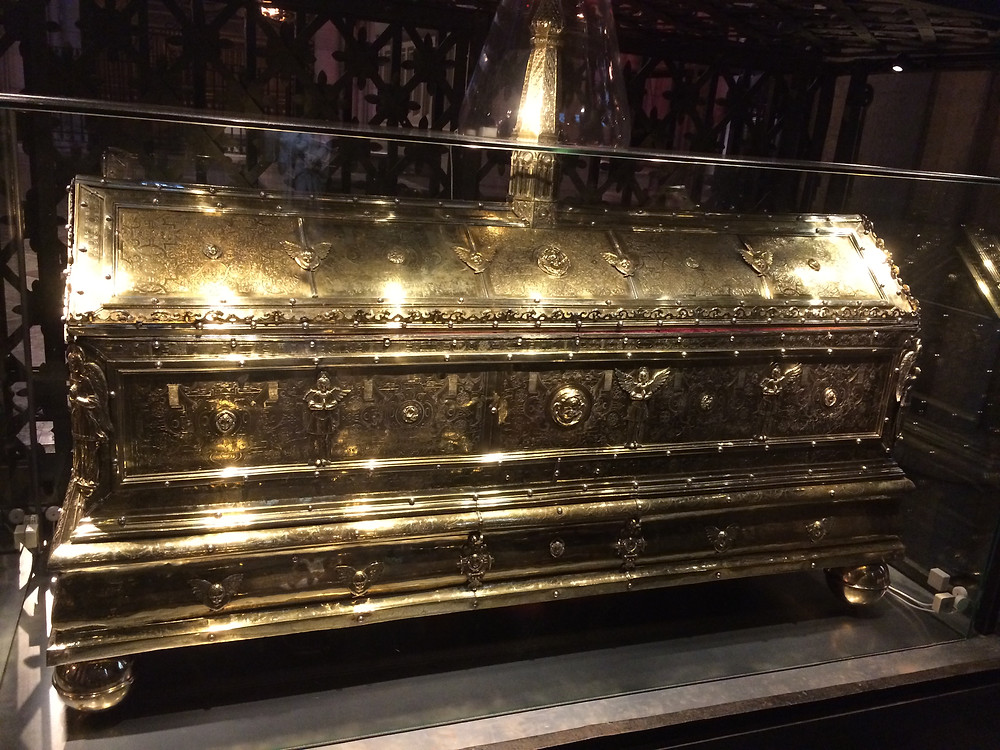 Reliquary of Eric - Uppsala Cathedral, 2mi3