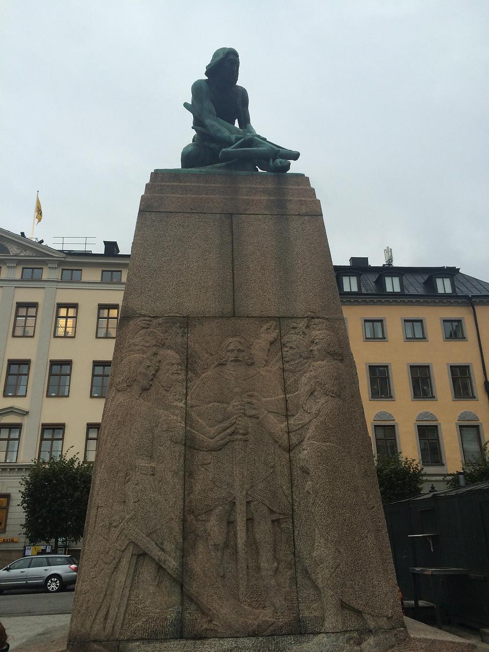 The Arbalet Statue - Stockholm, 2mi3