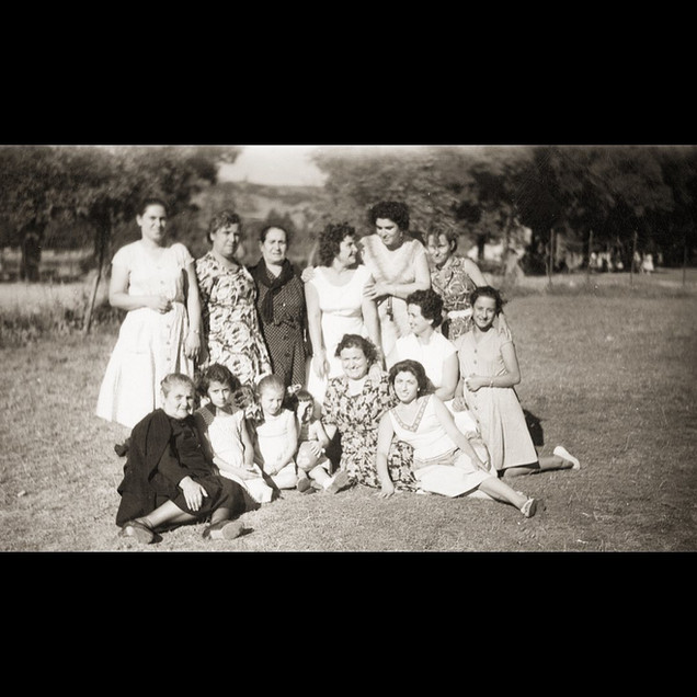1940s, The Ladies Picnic
