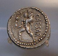 AeneasvePalladiumResim-1- Aeneas,sırtında babası Agkhises'i ve elinde Palladion'u taşımaktadır