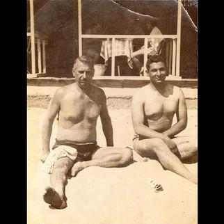 1940s In The Summertime / Aleko & Hurmuzios in the beach