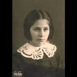 Sanzoni Family, From Palermo to Karaagac / 1930s Giuseppina Sanzoni