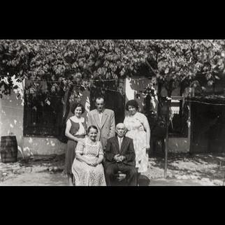 1940s The Sanzoni Family