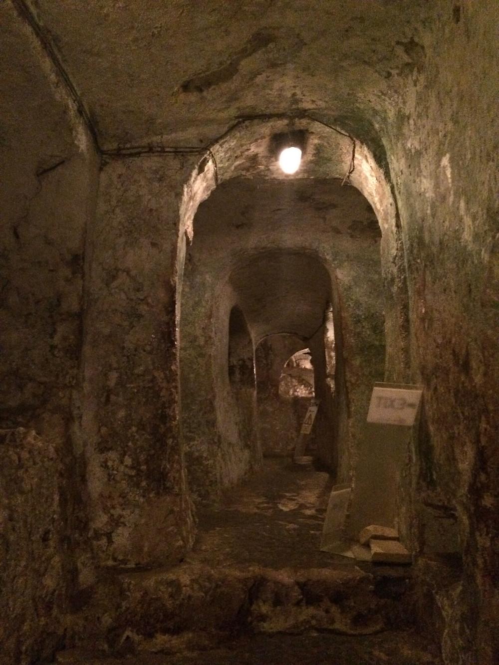 St.Pauls Catacombs - Corridors - 2mi3
