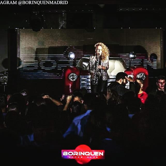 Saxo chica, Nasha Sak en la discoteca Borinquen Madrid. Set de house y dance music.