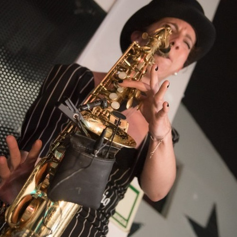 Nasha Sak | Saxofonista | Fiesta - Party