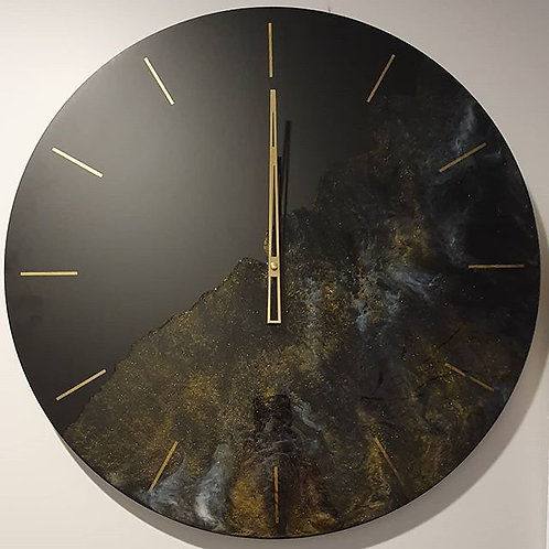 Large lux clock