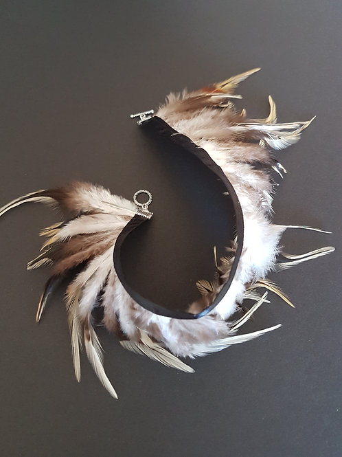 feathered Armlet