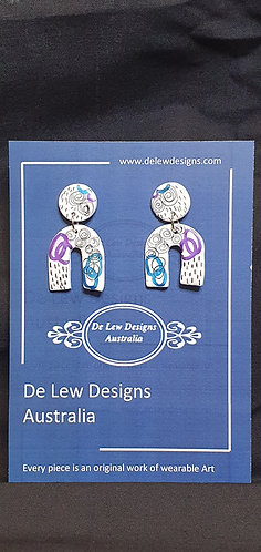 Handmade polymer clay earrings - Metallic purple and Blue with black zentangle -