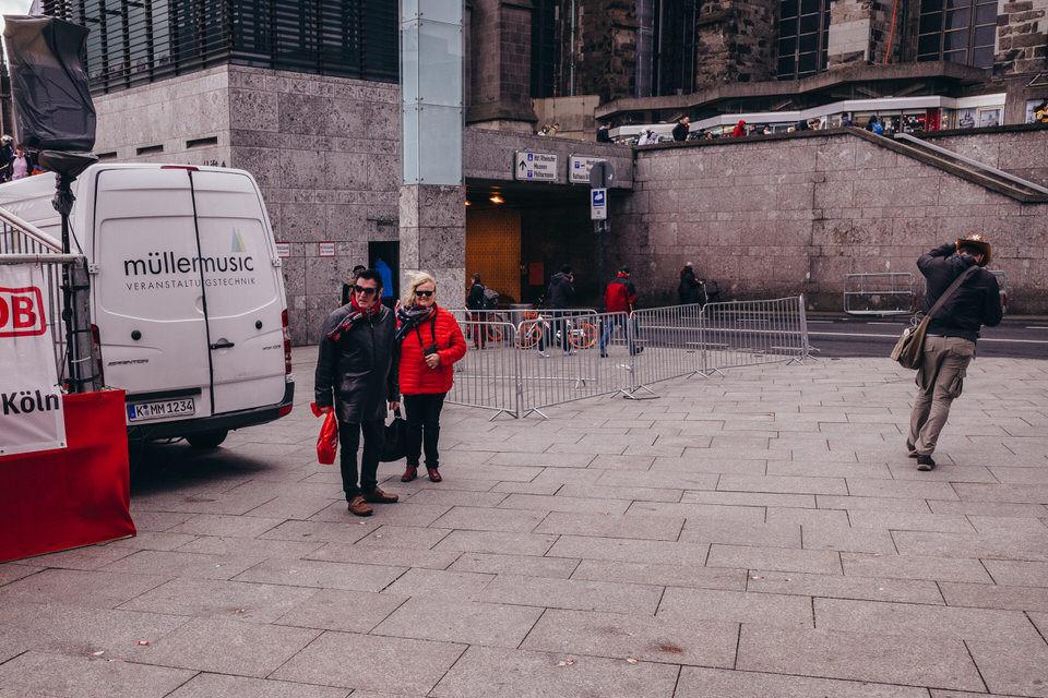 Karneval in Köln_Streetfotografie_Fotograf aus Köln_Karneval 2019 in Köln_lustige Karnevalsbilder_Carnival Cologne_Straßenfotografie_Christopher Reuter