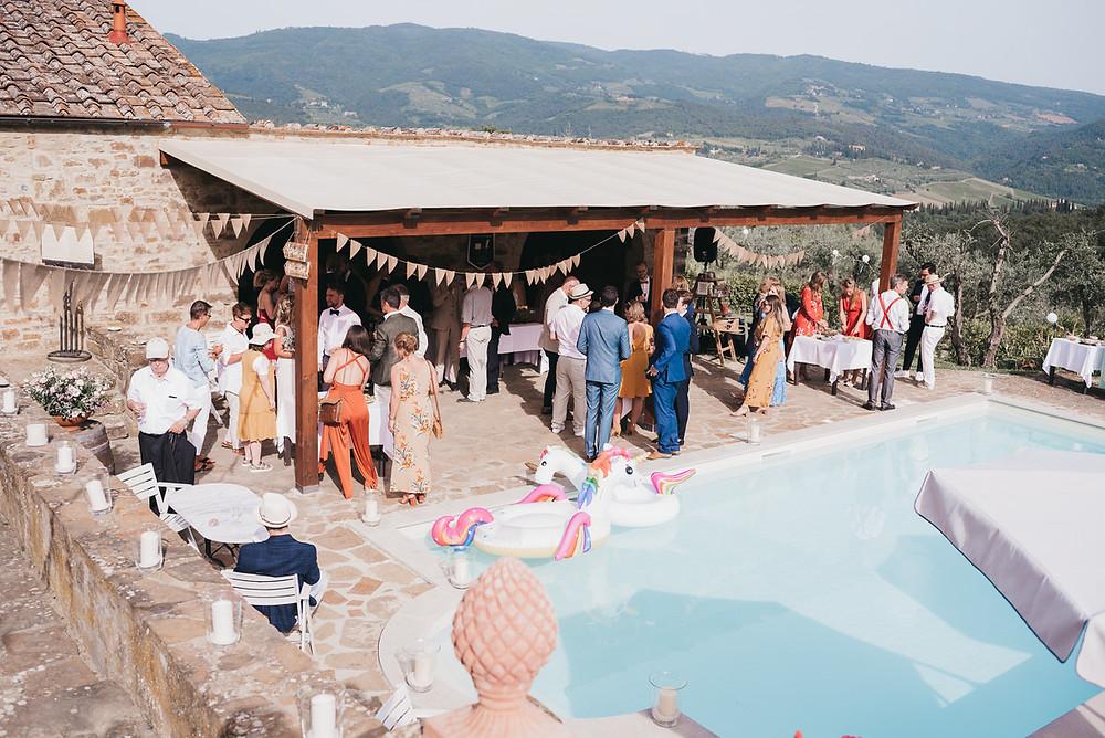 Destination Wedding in der Toskana mit Viola & Ruben - Hochzeitsfotograf Christopher Reuter - Hochzeitsdeko - Vintage Boho Style - La Rimbecca Toskana -