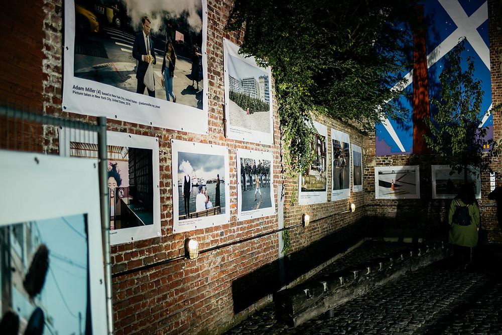 BSPF Festival 2019 - Brüssel Streetphotography Festival - Finalist - Streetphotography Cologne - Christopher Reuter - Fotograf Köln - Laundry Day PT 2 - Ausstellung - Exhibition - Vernissage - Brüssel Streetphotography