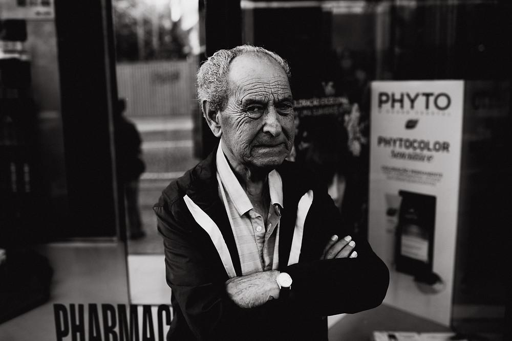 Böser Blick - Streetfotografie Christopher Reuter