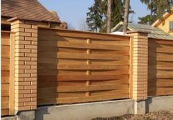 Забор деревянный горизантальный