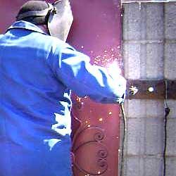 ремонт секционных ворот всех видов