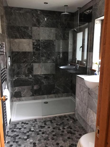 Plumbtec Gas Ltd Wet Room