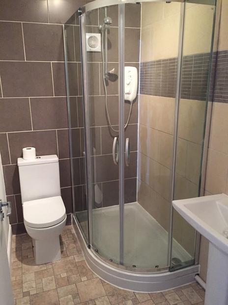Plumbtec Gas bathroom installation