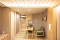 Room No8-3
