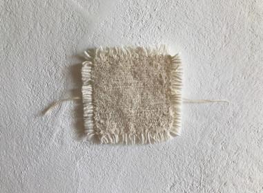 a piece of light  ハギレを裂織りにした小さな布です。  いつかの布の記憶の景色  ◯  コースターとしてもお使いいただけます