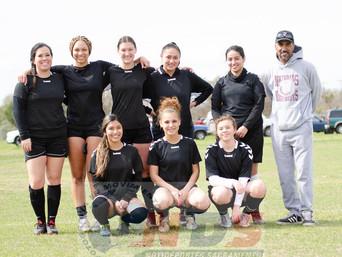 916 UNITED VS PATRIA dos equipos de mujeres que mostraron un juego de futbol...