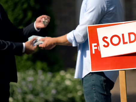 Selling Your Home Through a Cash Investor vs. Listing It