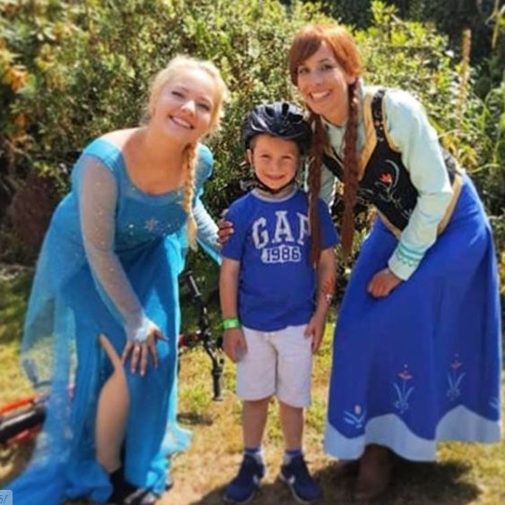 Elsa and Anna charity event