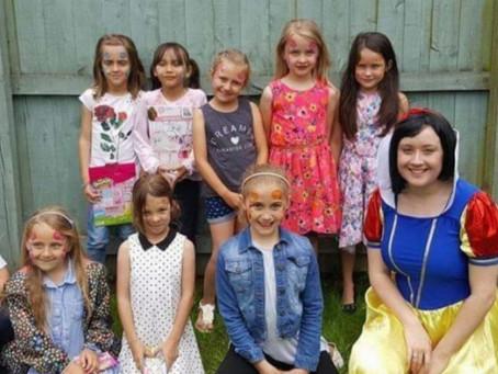 Making memorable moments with a party in the garden