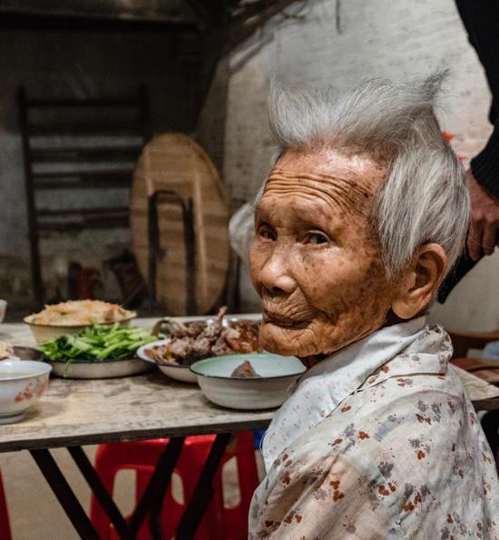 One Hour with Grandma