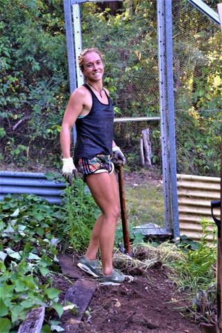 lyn german worker garden