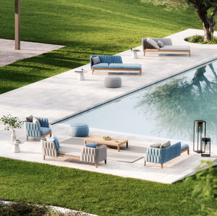 Calypso-Lounge-Poolside-square-1-768x768