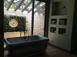 Garden shower entrance/bath tub