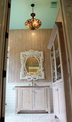 Bathroom custom vanity and linen