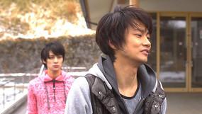 映画「夜明け前 朝焼け中」(2013)