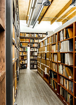Library Photo.jfif