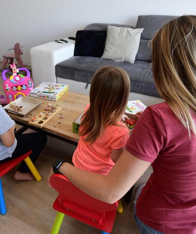 Familles : plan d'actions pour aider les parents pendant le confinement