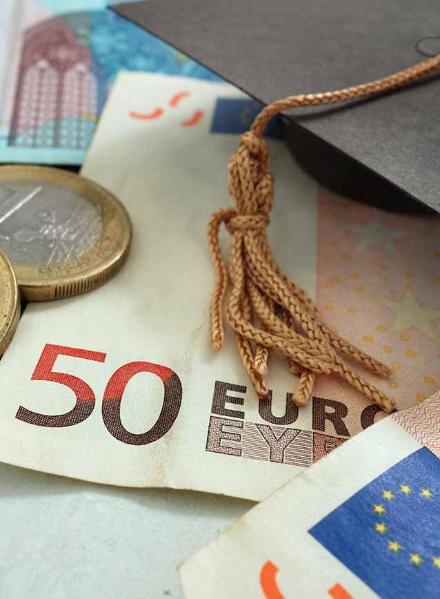 Services et aides financières aux étudiants