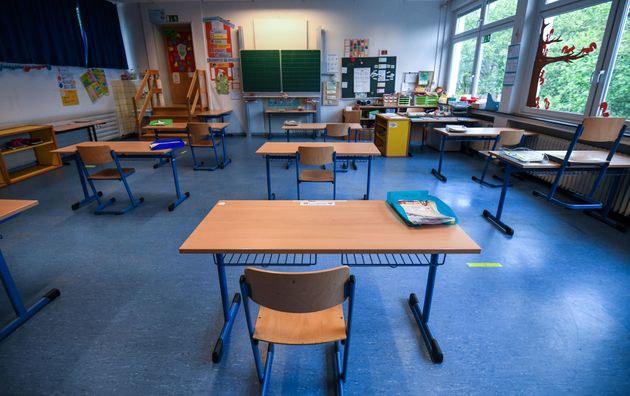 Protocole sanitaire : capacité d'accueil pour la réouverture des écoles (maternelle au lycée)