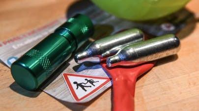 Vote à l'unanimité de l'interdiction de la vente de protoxyde d'azote aux mineurs !