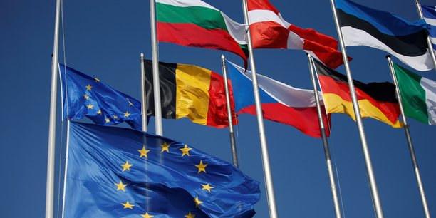 Que fait l'Europe ? Elle garantit les capacités d'emprunt des États et des PME