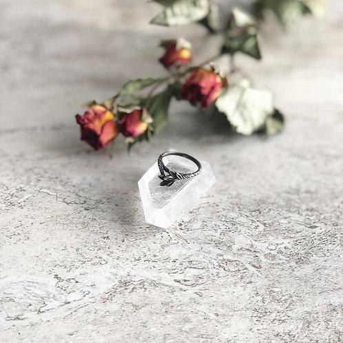Laurel Ring