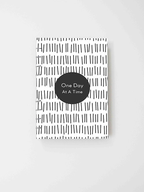 The Versatile Planner for 52 weeks (undated) - One Day At A Time