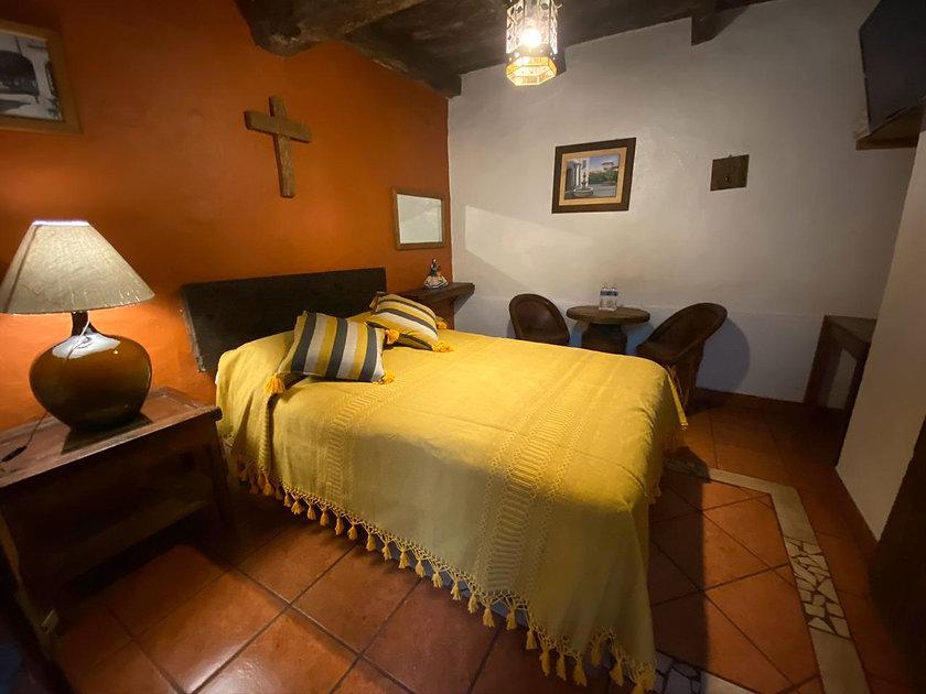 Habitación_6,_Pila_de_la_Merced.jpg