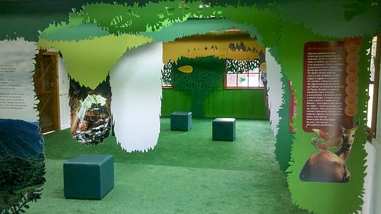 Exposição Temática do Centro de Visitantes Intervales em Ribeirão Grande com Soluções em Sinalização Ecológica