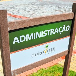 Sinalização em Madeira plástica para o Residencial Ouro Ville em Sorocaba
