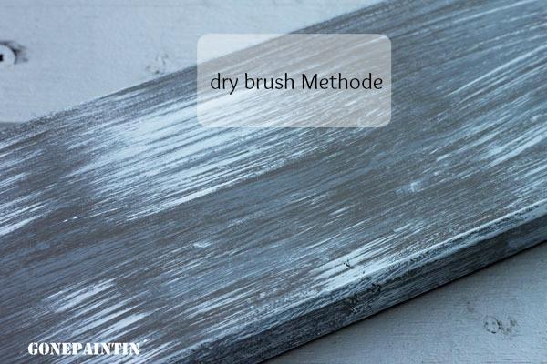 Dry brush Methode mit Kreidefarbe für den shabby chic