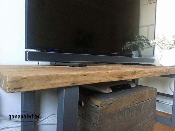DIY Fernsehregal selber bauen