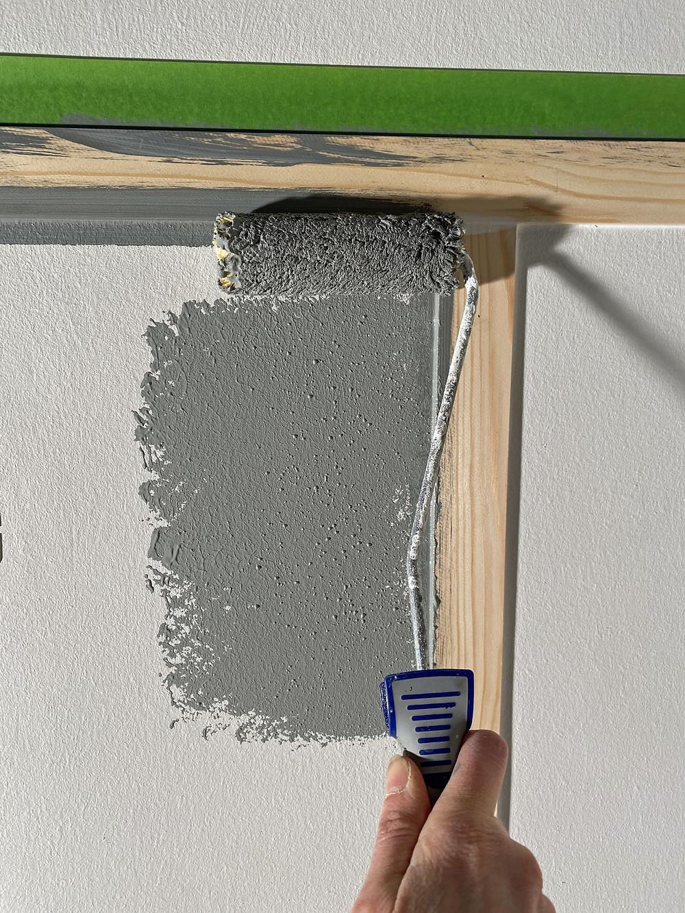 Wand streichen mit Rolle